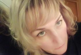 Valeriya, 46 - Just Me