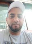 Hamed, 33  , Tunis