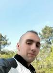 Loic, 21  , Chinon