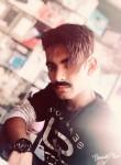 Hamza, 19  , Karachi