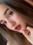 Kristina, 18  , Saint Petersburg