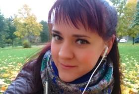 anzhelina dzholi, 31 - Just Me