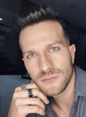 Thomas, 34, France, Chateaubriant