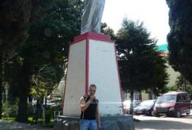 Denis, 41 - Апрель 2012