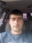 abdurozik, 37, Ryazan