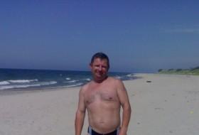 Mikhail, 53 - Just Me