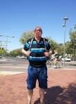 Javier , 66  , Carabanchel