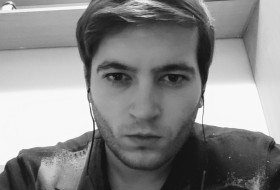 Taras, 27 - Just Me
