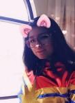 mishi, 19  , La Paz