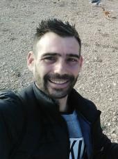 Serpa, 34, Spain, Elda