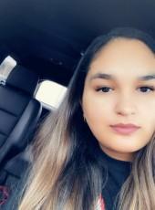 yanet, 19, Mexico, Nuevo Laredo