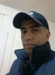 Luis, 50  , Pereira