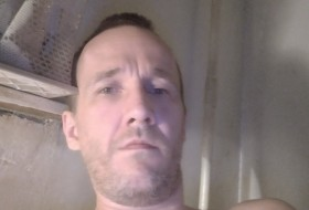 Aleks, 43 - Just Me