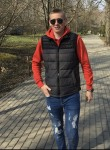 Artem, 21  , Sumy