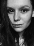Karina, 19  , Moscow