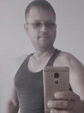 Maks, 34, Russia, Volgograd