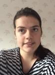 Hannah, 20  , Chorley
