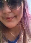 Annalee Danielle, 19, Dumont