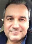 Dominik, 55  , Adalar