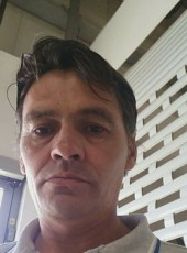 Mihai, 44, Romania, Sector 2