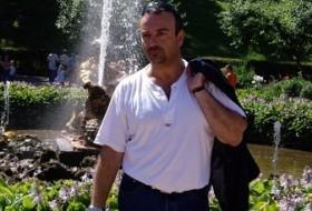 Javier, 51 - Just Me