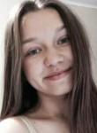 Lena, 22  , Chornobay