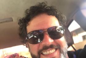 Eduardo , 43 - Just Me