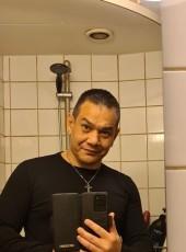 Kim Ottesen, 46, Denmark, Svendborg