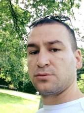 Mariglen, 33, Albania, Tirana