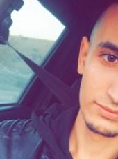 Bìlælē, 23, Algeria, Bouira