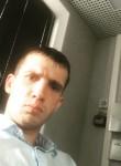 Maksim, 30, Saint Petersburg