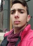 Andrei, 18, Chisinau