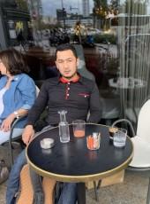 Tima Akmat, 28, France, Sevran