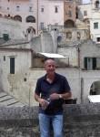 leonardo, 59  , Reggio nell Emilia