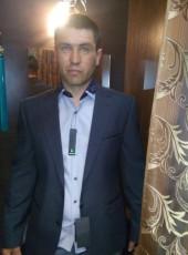 Andrey, 39, Russia, Novoorsk