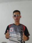 Luiz Gustavo, 20, Itapetininga