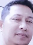 RJ, 43  , Tangkak