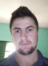 Giovani, 25, Brazil, Xanxere