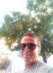Ze Cruz, 45  , Lisbon