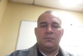 Eriberto , 42 - Just Me