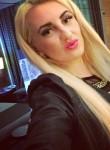 Molly, 21  , Nicosia