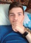 Igor Mikushin, 18  , Tavda