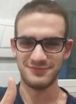 Giovanni , 19  , Genoa