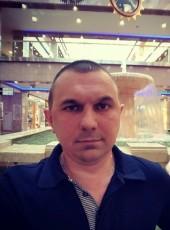 Олег, 37, Россия, Москва