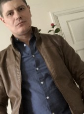 Ion, 37, United Kingdom, London