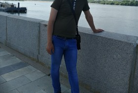 Nshan, 21 - Just Me