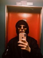 Gianluca, 18, Italy, Bari