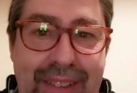 Luis, 60 - Just Me