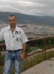 vladimir, 40  , Susuman