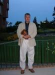 Nino, 59  , Bratislava